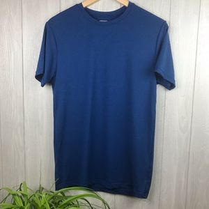 32 Degrees blue crew neck stretch athletic top